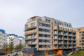 Prodej, byt 2+kk, 49 m2, Praha 9, ul. Makedonská