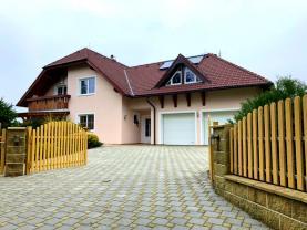 Prodej, rodinný dům 8kk+2G+L, 1350 m2, Klatovy - Slavošovice