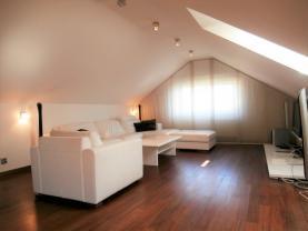 P9050010 (Pronájem, byt 3+1, 103 m2, Plzeň - centrum), foto 3/16