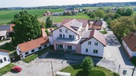Prodej, 1+kk, 66 m2, terasa 25,6 m2, OV, Svojetice