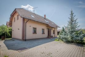 Prodej, rodinný dům 6+kk, 974 m2, Přišimasy - Kolín