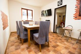 (Prodej, rodinný dům 6+2, 200 m2, Brumovice - Úblo)