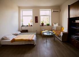 Prodej, bytový dům, 943 m2, Lobodice