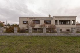 Prodej, rodinný dům 5+1, 290 m2, Kostelec na Hané