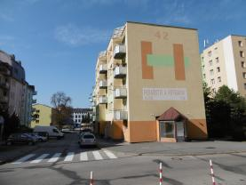 Pronájem, nebytové prostory, 100 m2