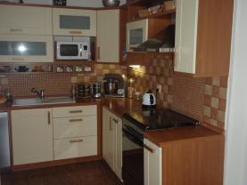 Pronájem, mezonetový půdní byt, 4+1, 170 m2, Cheb, ul.Májová