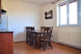 Pronájem, byt 2+kk v rodinném domě, Říčany u Prahy