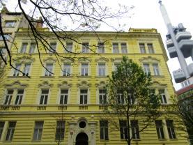 Pronájem, byt 1+kk, 35 m2, Praha 3 - Vinohrady