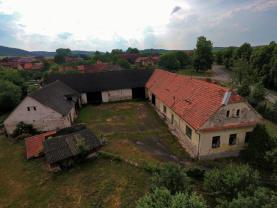 Prodej, rodinný dům-zemědělská usedlost 2636 m2, Václavice