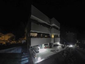 Pronájem, byt 3+kk, 140m2 s terasou, Kostelec n.Č.l.