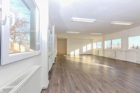 Pronájem, kancelářské a skladové prostory, 73 m2, Březí
