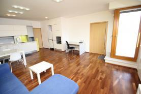 Pronájem, byt 4+kk, 130 m2, Praha 9 - Hrdlořezy