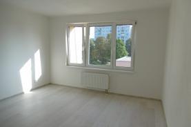 (Pronájem, byt 2+kk, Jindřichův Hradec - sídl. Vajgar)