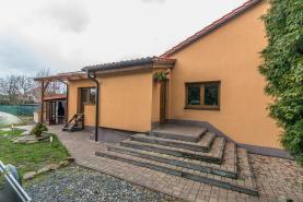 Prodej, rodinný dům,1066 m2, Sadská