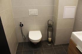 koupelna (Prodej, byt 3+1, Žďár nad Sázavou)