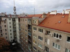 Prodej, byt 1+kk, 39m2, Praha 3, Flora
