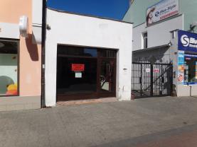Pronájem, obchodní prostor, 400 m2, Kladno, ul. T.G.Masaryka