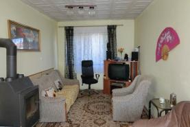 Obývací pokoj (Prodej, chalupa, 700 m2, Lužec - Vroutek), foto 3/26