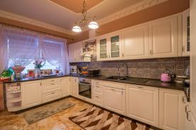 Prodej, rodinný dům 5+1, 220 m2, Kladno - Rozdělov