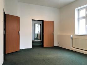 (Pronájem, kancelářské prostory, 56 m2,Plzeň, ul. Karlovarská), foto 2/7