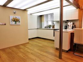 Prodej, byt 2+1, Karlovy Vary, ul. Na Vyhlídce