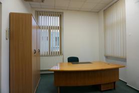 Pronájem, kancelářské prostory, Cheb, ul. Obrněné brigády