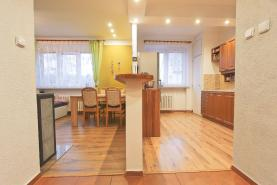Prodej, byt 3+1, 90 m2,Třemošná, ul. Brožíkova
