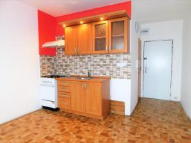 (Prodej, byt 1+1, 38 m2, OV, Sokolov, ul. Slavíčkova), foto 2/33