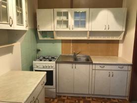 (Prodej, byt 2+1, 45 m2, Uničov)