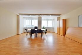 Pronájem, kancelářské prostory, 146 m2, Liberec, ul. Vzdušná