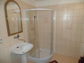 koupelna podkroví (Prodej, rodinný dům, Ústí nad Labem-centrum, ul. Masarykova), foto 3/19