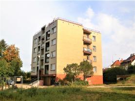 Pronájem, byt 4+1, 89 m2, Karlovy Vary, ul. Jungmannova