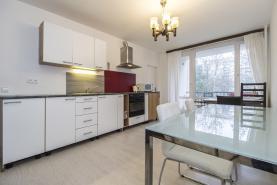 (Prodej, byt 3+1, 68 m2, Praha 8, ul. Chabařovická), foto 2/17