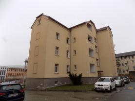 Prodej, byt 2+1, Beroun, ul. Dobrovského