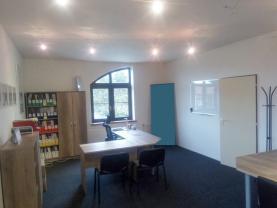 Pronájem, kancelářské prostory, 32 m2, Kravaře