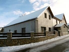 Prodej, rodinný dům, 5+1, 1079 m2, Horní Žďár