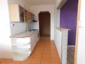 Kuchyně (Prodej, byt 3+1, Lovosice, ul. Krátká)
