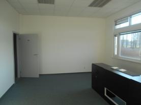 DSCN3107 (Pronájem, kancelář, 26 - 47 m2, Nymburk)