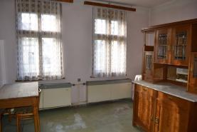 pokoj č.2 přízemí (Prodej, rodinný dům, 6+1, Zásada)