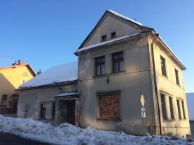 Dům (Prodej, rodinný dům, 6+1, Zásada)