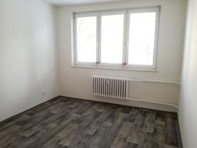 (Pronájem, byt 1+1, Ostrava - Poruba, ul. Jasmínova)