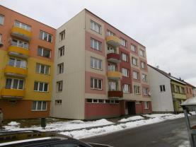 Prodej, byt 3+1, 63 m2, České Velenice