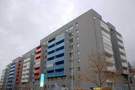 Pronájem, byt 2+kk, 50 m2, Praha 3