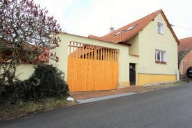 Prodej, rodinný dům, 4+1, 1396 m2, Příšov