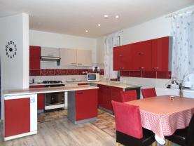 Prodej, rodinný dům 4+kk, 499 m2, Žiželice