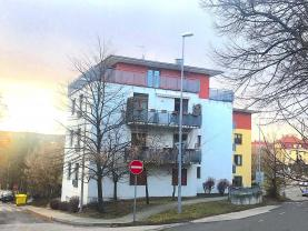 Pronájem, byt 2+kk, Praha, ul. Na Hřebenkách