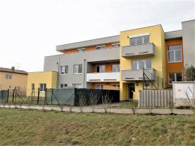 Pronájem, byt 3+kk, 89 m2, Praha 10, ul. Pod Horkami