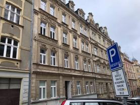 Prodej, byt 2+kk, 81 m2, Karlovy Vary, ul. Raisova