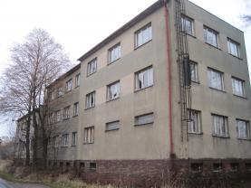 Prodej, komerční objekt 417 m2 a pozemek 877 m2