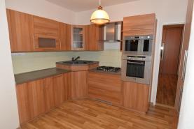 Pronájem, byt 3+1, 75 m2, Pardubice - Dukla